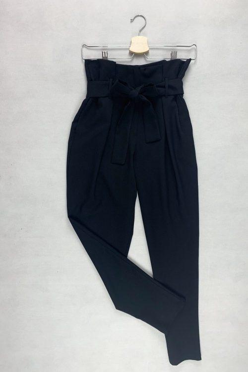 Spodnie czarne z wysokim stanem