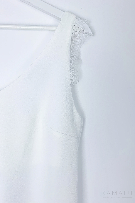 Bluzka na ramiączkach z koronką