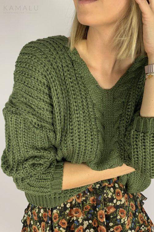 Sweter z grubym splotem zielony