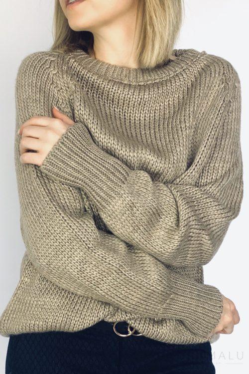 Sweter ze ściągaczem brąz